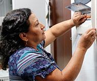 Evita riegos eléctricos en casa durante época de lluvias
